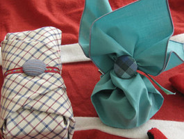 reusable gift tie, button gift tie, turn any fabric into gift bag